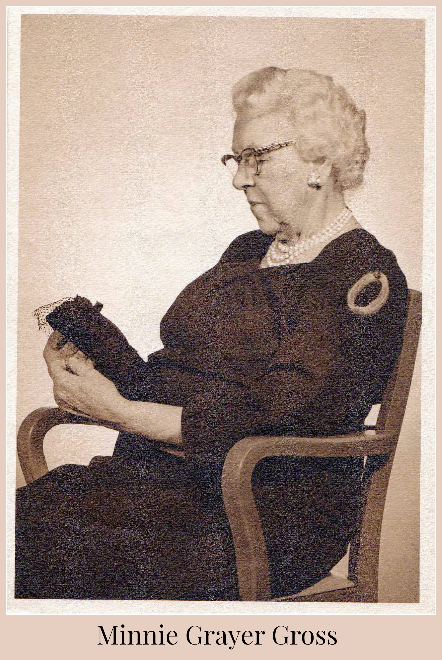 Minnie Grayer Gross portrait.jpg
